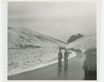 Truck Accident, c1940s Vintage Snapshot Photo (67481)
