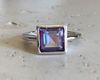 Princess Cut Topaz Ring- Mystic Topaz Ring- Square Stackable Gemstone Ring- Sterling Silver Ring- Jewelry Gifts for Her- Blue Purple Ring