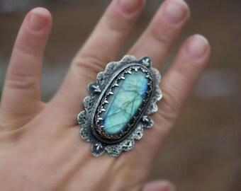 Labradorite Fleur De Lis Ring - Sterling Silver Statement Cocktail Ring - Size 9 1/2 US - Ready to Ship