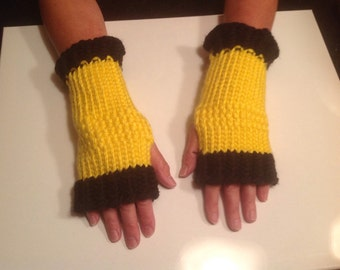 Yellow and black fingerless gloves Steelers
