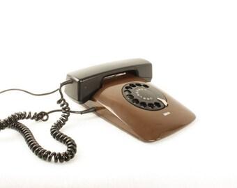 Vintage Choco Brown Retro Telephone / 70s Iskra ETA 80 82 Rotary Telephone / Yugoslavia Socialist Soviet Design MOMA Retro Home Decor /