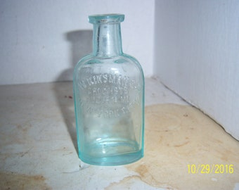 1890's  FW Kinsman Druggist Augusta, Maine  New York City 4 1/2 inch tall aqua medicine bottle No 2