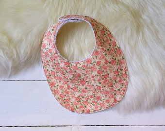"Reversible bib ""The Classic"" in Pink Roses 100% cotton fabric"