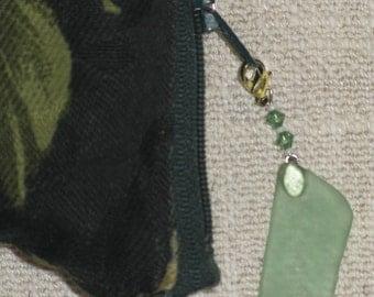 Zipper Pull: Beach Memories green sea-frosted glass