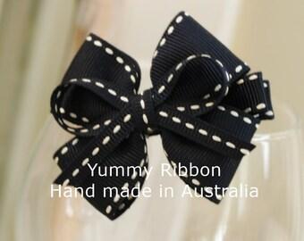 School color hair bow, navy blue ribbon bow, school hair clip, girl hair bow, little girl hair clip, toddler hair bow, girl school bow