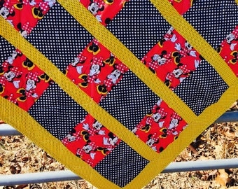 Minnie Mouse Crib Quilt in Red & Black