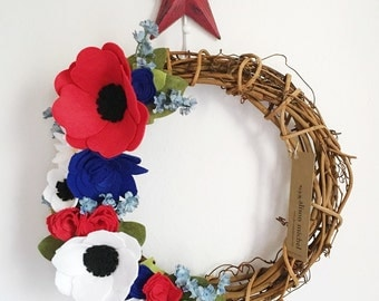 July 4th Wreath || Wreaths || Flower Wreath || Spring Wreath || Felt Flower Wreath || Modern Wreath || Memorial Day Wreath || Wreath Decor