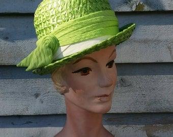 Vintage Bright Green Woven Straw Ladies Fedora