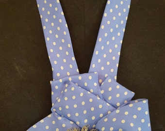 Blue polka dot tie design
