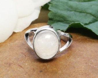 Valentines Gift, Bella Moonstone Ring,  Twilight inspired Bella Swan Silver Rainbow Moonstone Ring, Gifts for Her, Moonstone Twilight Ring,