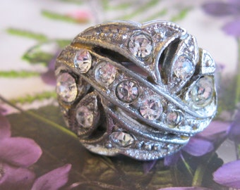 Unique Vintage 1940's Costume Jewelry Ring - Silver Toned Finish Studded with Clear Rhinestones - Size 8