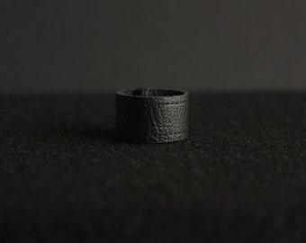 Handmade Faux Leather Ring/ Vegan Leather Ring/ Black Ring/ Handmade Ring/ Minimalist Ring/ Unisex Ring/Black Stiches