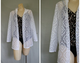 Vintage Coverlet / Poolside Coverlet /  White Lace Beach Jacket / Hooded Lace Jacket / Summer Lace Jacket M