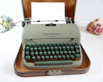 Amazing Condition 1950's Remington Green Quite-Riter Portable Typewriter with Original Case - working - Mad Men