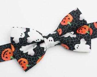 Bow Tie - Halloween Pumpkins & Ghosts Bowtie