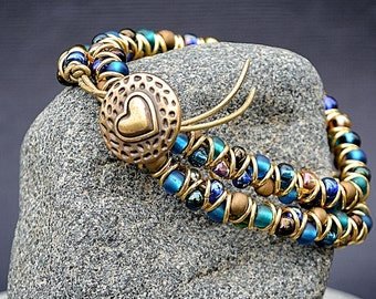 Aqua, emerald, gold mix double wrap zig zag bracelet
