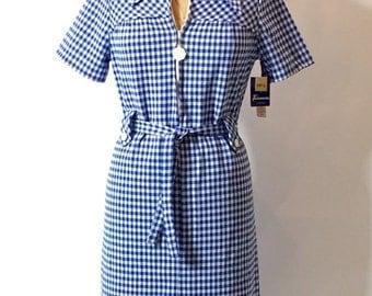 ON SALE 1960s plaid dress: 60s scooter dress / plaid 60s dress / mod 60s dress / Twiggy 60s dress / zipper 60s dress / belted 60s dress / gi