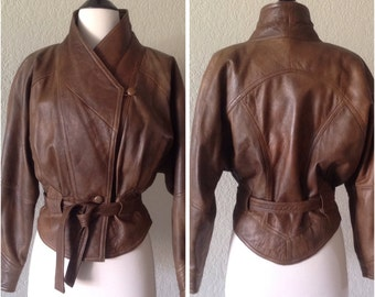 Brown leather jacket / Short jacket with 1980's design / cool retro mod details, super soft leather / size SMALL Vera Pelle / Made in Italy