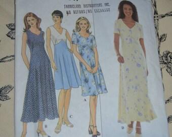 Simplicity 8504 Misses / Miss Petite Dress Sewing Pattern - UNCUT - Sizes 14 16 18