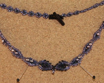 Purple leaf necklace with pearls