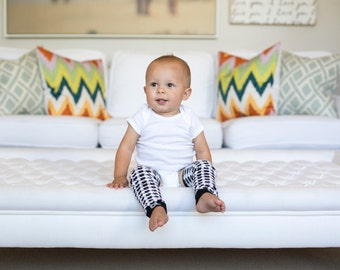 Houndstooth Black & White Baby Leg Warmers