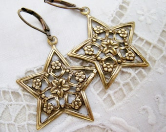 Victorian Art Nouveau Celestial Star Antique Brass Dangle Earrings Flower Wreath Lever Back