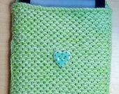 Knitted Kindle cover