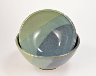 Set of 2 Small Nesting Pottery Bowls, Serving Bowl Set Stoneware Blue and Green