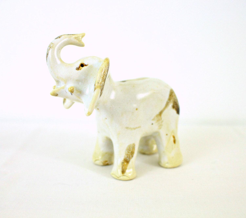 Vintage pottery elephant sculpture boho rustic earthy looking zoom biocorpaavc
