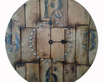 The BEST Wood Pallet Clock available in 5 sizes