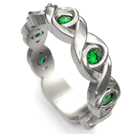 Celtic Wedding Ring With Infinity Knot Design in Sterling Silver, Emerald Celtic Knot Ring, Made in Your Size 1107