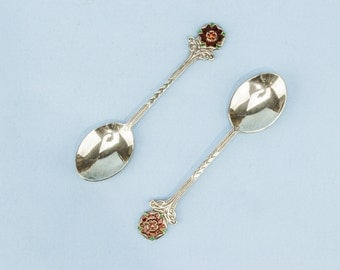6 Retro Elegant Floral Silver DESSERT SPOONS Vaughtons Cutlery Vintage Small English 1970s LS