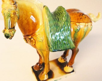 Pottery Horse Statue Vintage Home Decor Collectible Horse Lovers