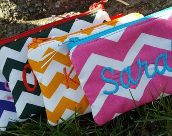 Personalized Chevron Coin Purse, Zipper Wallet, monogrammed Change Purse