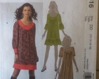 """McCalls Dress Pattern 5516   Size: 12-18, Bust 34""""-40"""", Waist 26""""-32"""", Hip 36""""-42"""""""