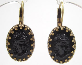 SoHo® earrings Gemme Cameo black vintage bohemia glass noir 18/13 oval bronze handmade glass stones made in germany