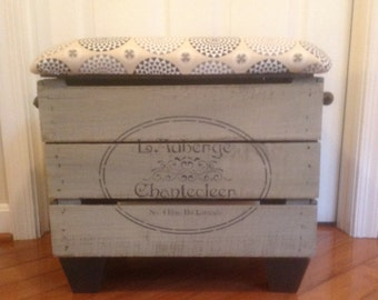 Refurbished vintage Apple crate