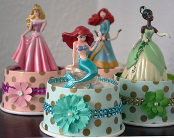 Princess Disney Cake Topper, Tiana Cake Topper,Aurora Cake Topper, Snow White Cake Topper, Ariel, and more.....