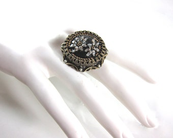 Sweet Romance Large Adjustible Vintage Black Glass, Seed Pearl And Burnished Bronze Signed Daisy Ring-Made In USA