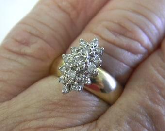 Classy 14k Gold Diamond Ring. Size 7 ET 6062