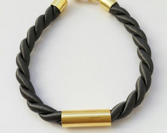 Knurled Bracelet with golden Element