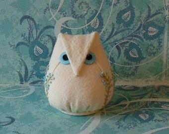 Handmade Owl Pincushion Felted Wool White & Teal Pincushion