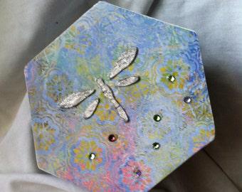 Dragonfly trinket box