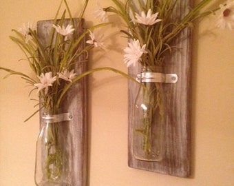 Pair of Rustic Distressed Board with Glass Bottle Flower Vase Wall Decor
