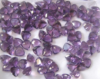 Wholesale Lot 10 Pcs. Natural Amethyst Trillion Faceted Cut Gemstone For Jewelry