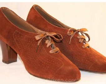 1930s Cinnamon Suede Oxfords size 5 UK.