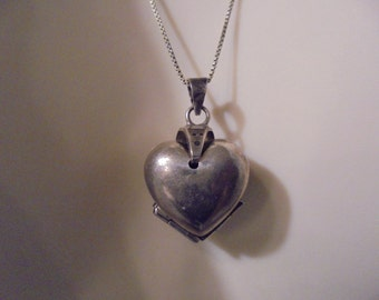 Sterling Silver  Heart / fold out Locket  Vintage Pendant   25 in.