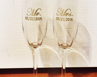 Bride and Groom/ Mr and Mrs champagne flutes