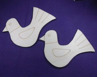 2 dove, wood, 8 x 12 cm