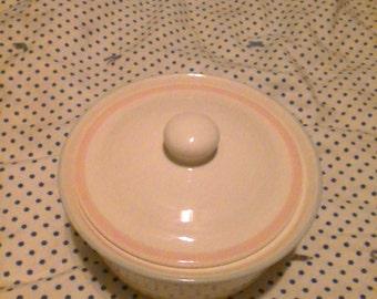 Vintage Pfaltzgraff Aura Covered Casserole Dish/Lidded.